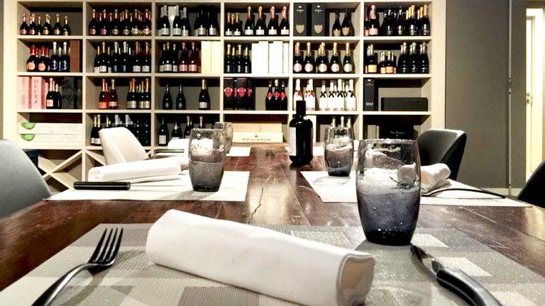 Wine_store_1